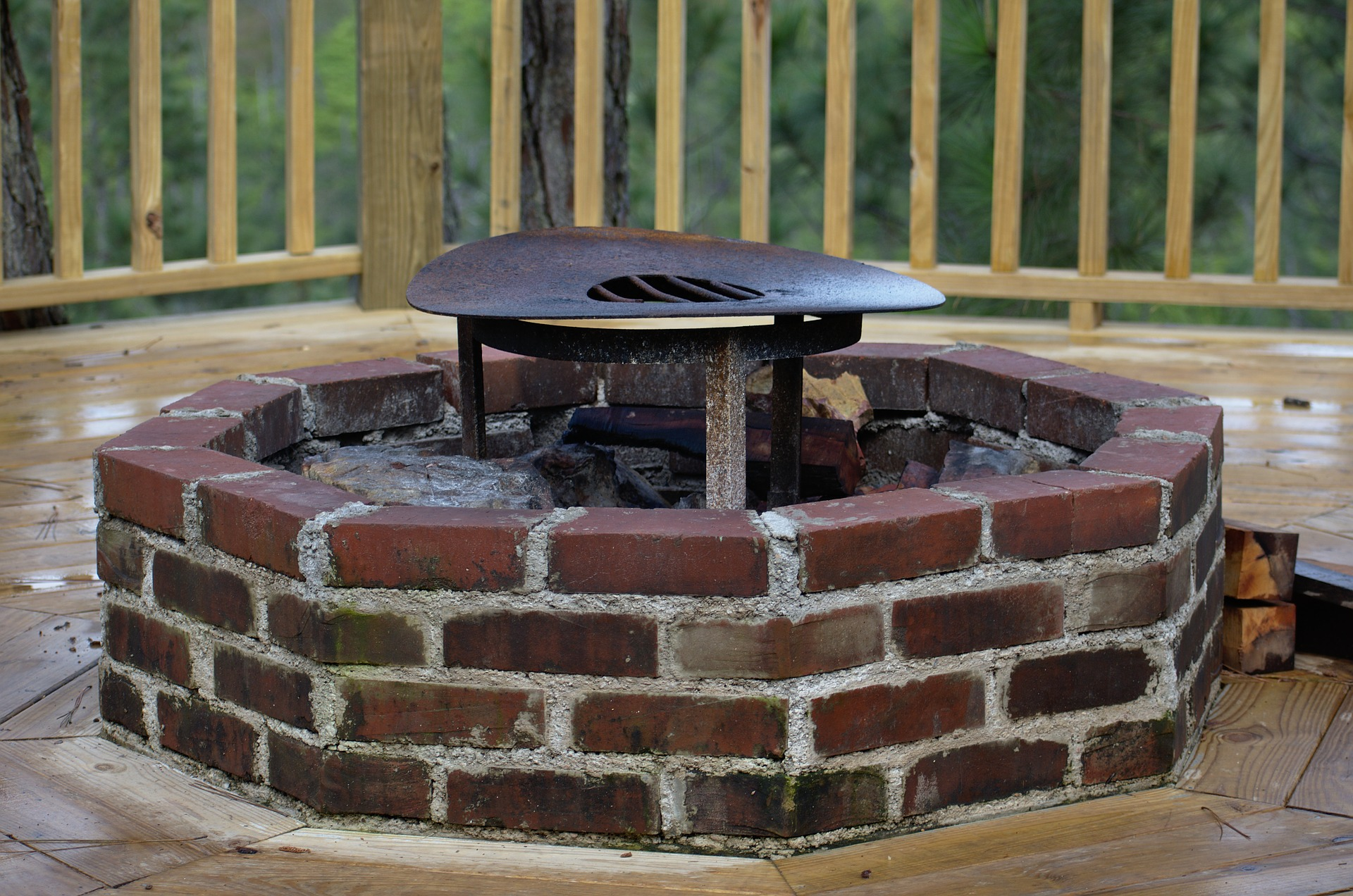 Wisconsin Houses for Sale with Firepits WI under 200K