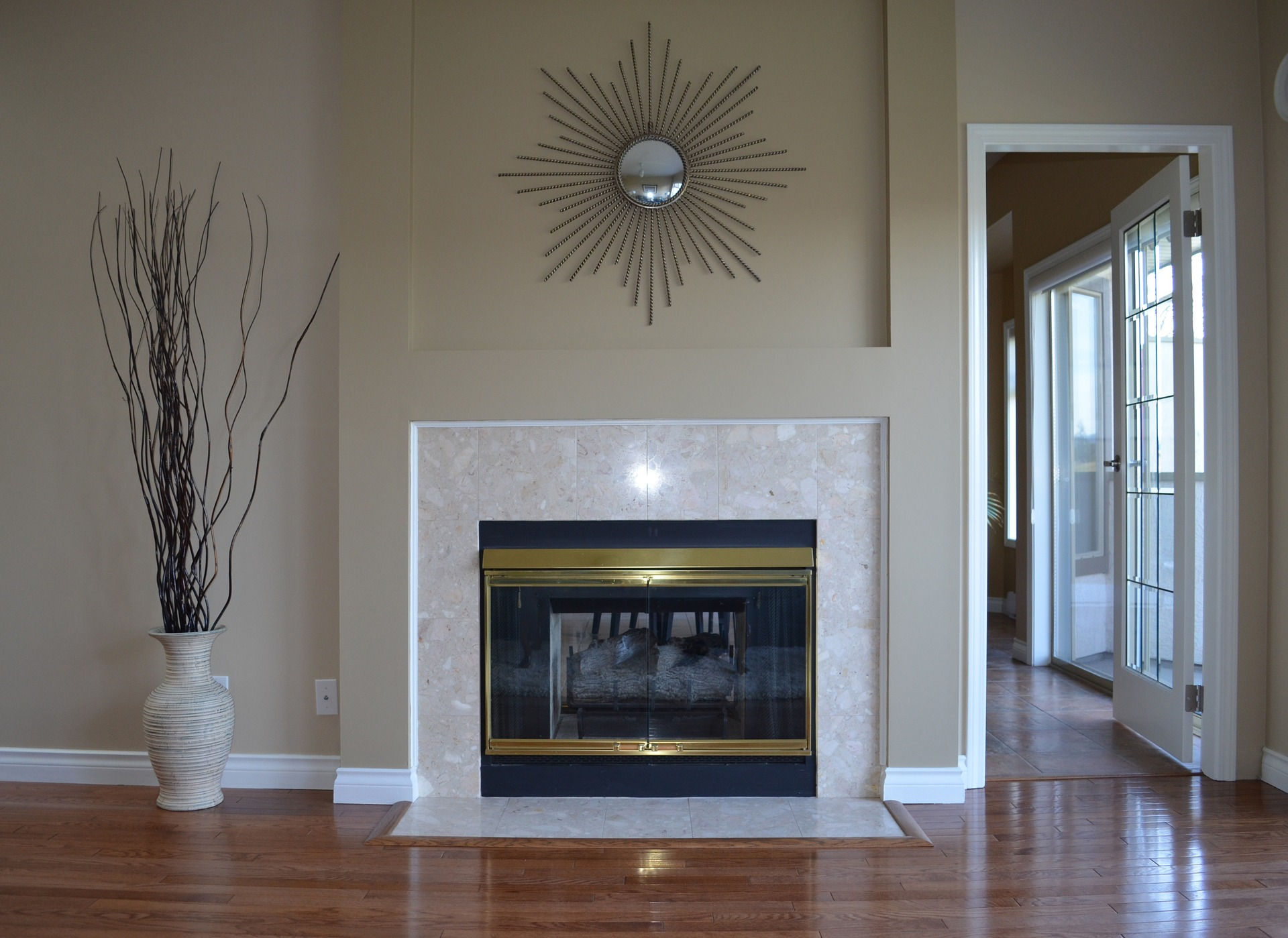 Wisconsin Houses for Sale with Fireplace 199K to 200K