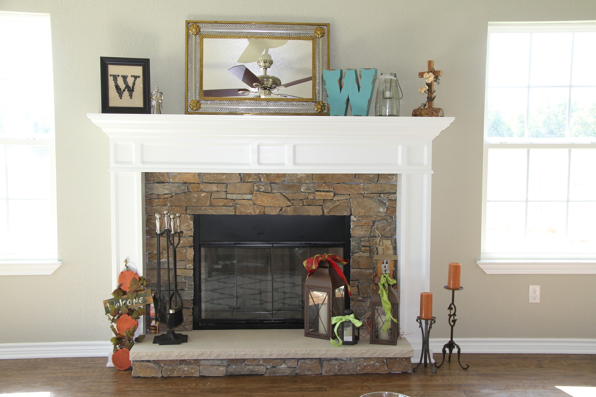 Wisconsin Houses for Sale with Fireplace 150K to 159K