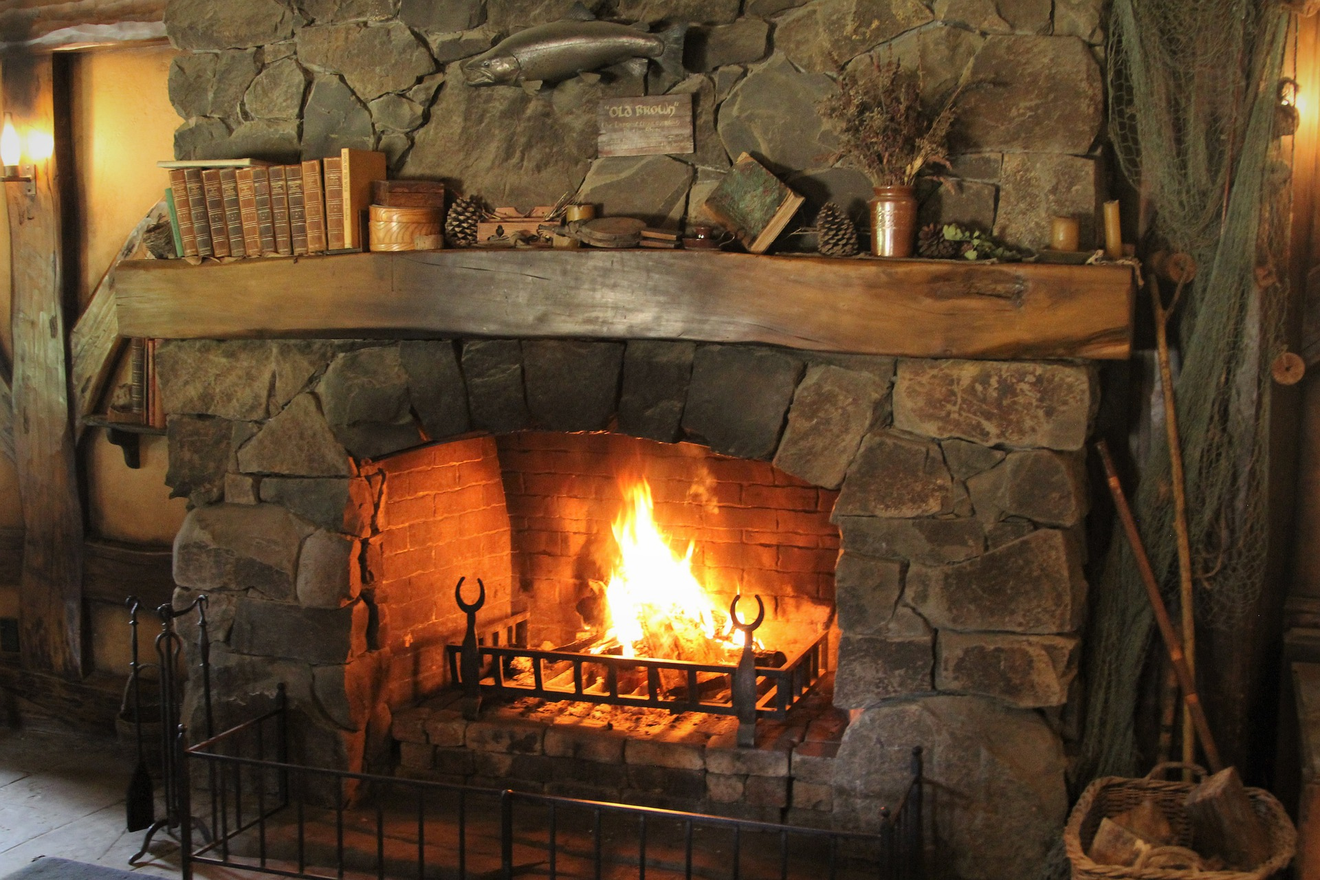 Wisconsin Houses for Sale with Fireplace 175K to 180K