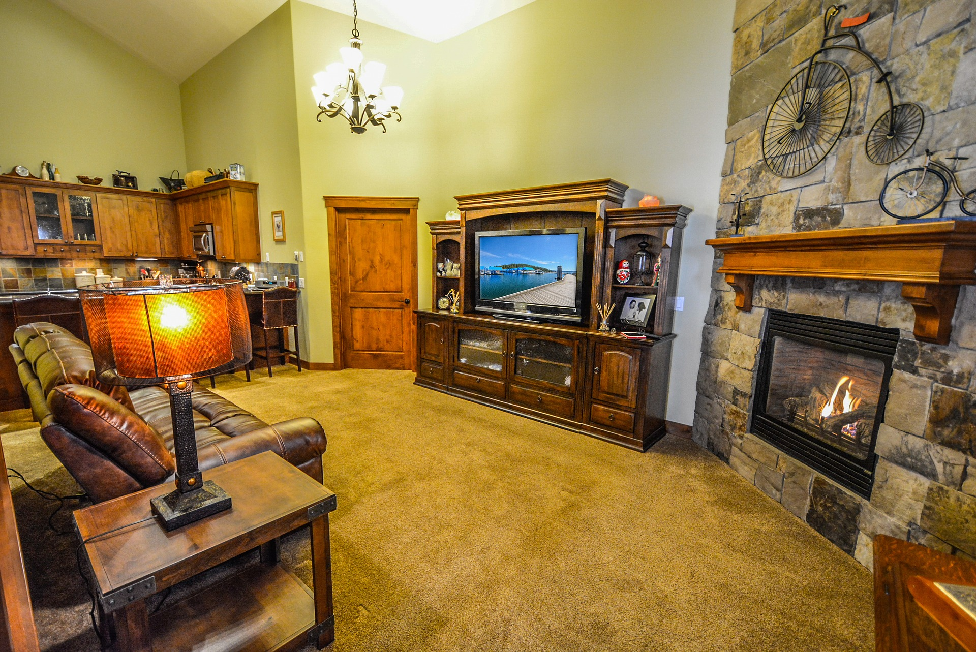 Wisconsin Houses for Sale with Fireplaces under 200K
